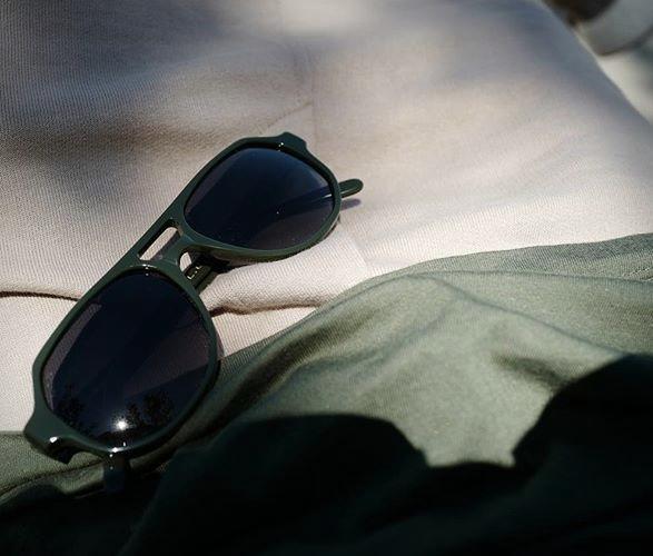 hardgraft-sunglasses-6.jpg