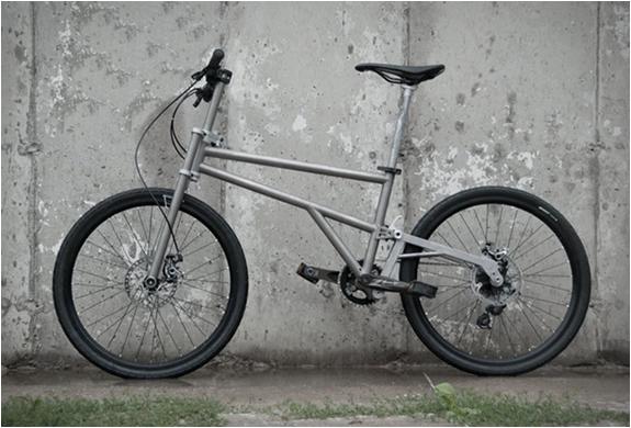 helix-folding-bike-2.jpg | Image