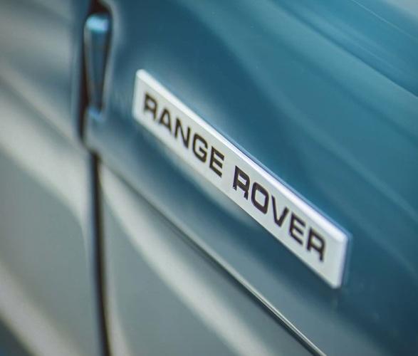 heritage-range-rover-classic-10.jpg
