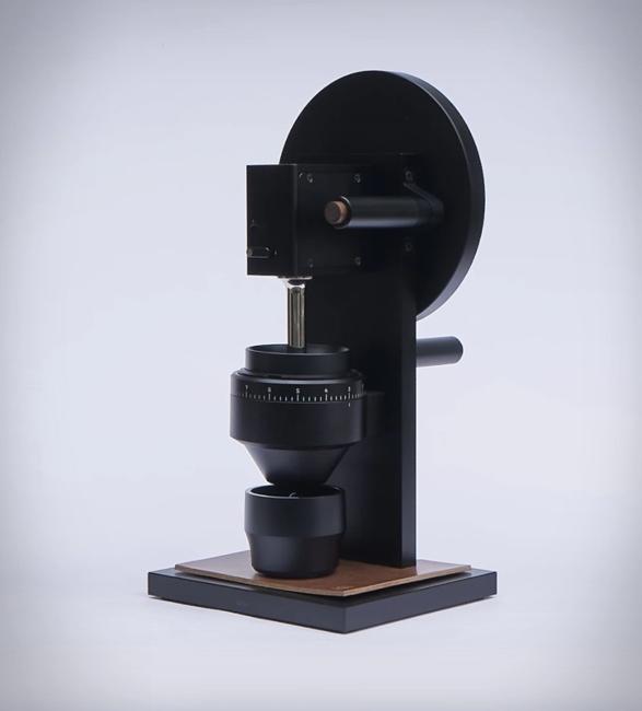 hg-2-coffee-grinder-3.jpg | Image