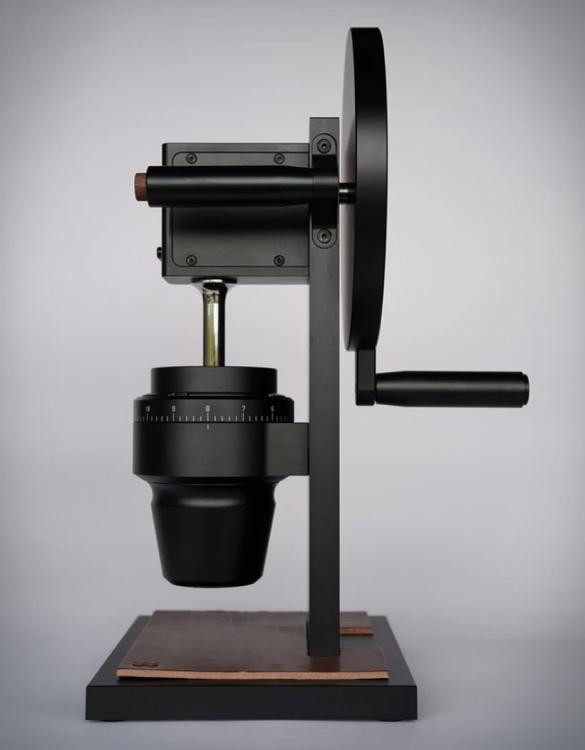 hg-2-coffee-grinder-4.jpg | Image