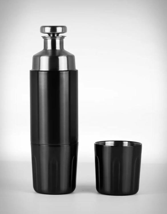 high-camp-firelight-flask-borealis-edition-4.jpg | Image