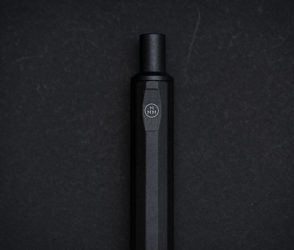 hmm-ballpoint-pen-misty-black-3.jpg | Image