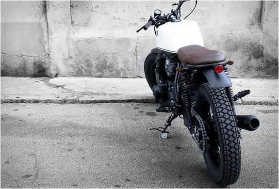honda-crd-11-black-cream-cdr-motorcycles-4.jpg   Image