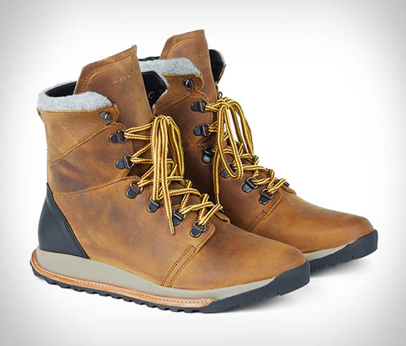 hood-rubber-boots-3.jpg   Image