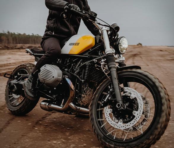 hookie-moto-kit-13.jpg