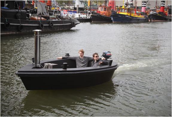 Hot Tug Jacuzzi Boat 4 Jpg Image