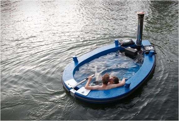 Hottug | Jacuzzi Boat | Image