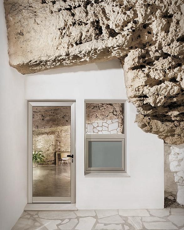 house-cave-12.jpg