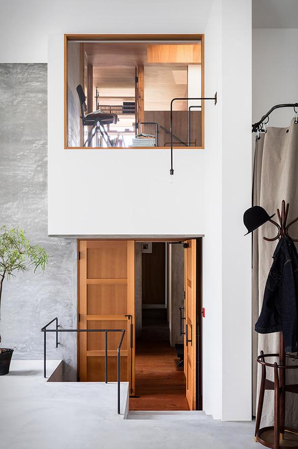 house-for-a-photographer-19.jpg