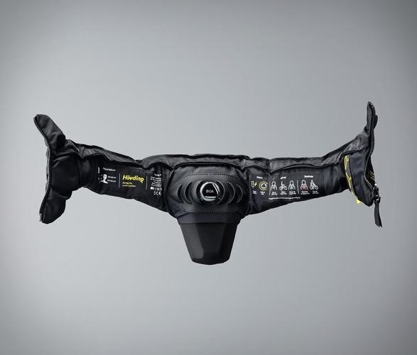 hovding-3-airbag-helmet-3.jpg | Image