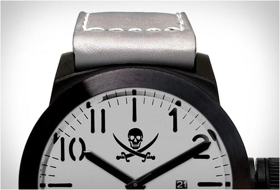 htp-naval-rider-watch-2.jpg | Image