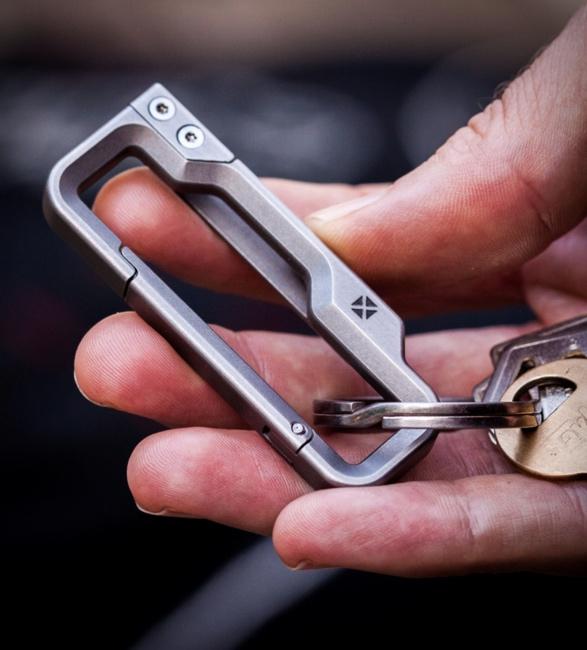 hyperlink-titanium-edc-carabiner-2.jpg | Image