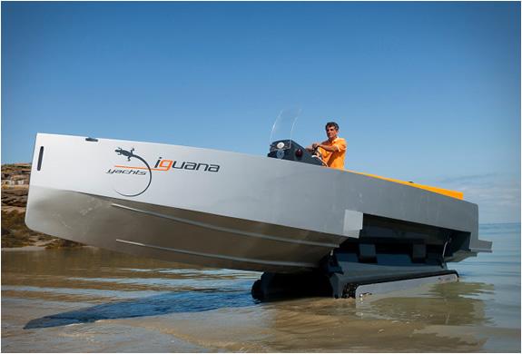 iguana-29-ground-boat-3.jpg | Image
