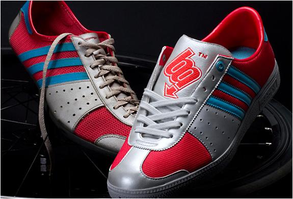 img_adidas_bm_works_2.jpg | Image