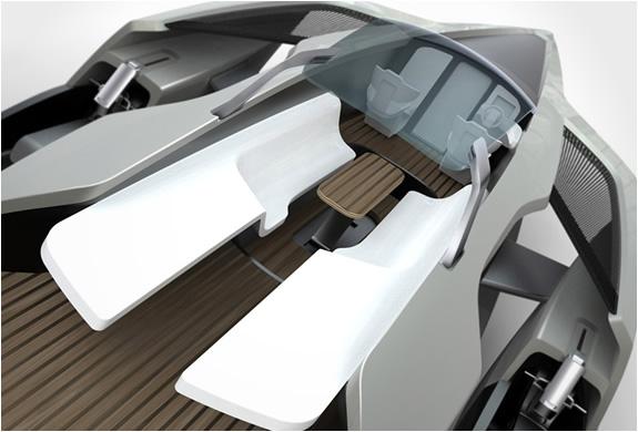 img_audi_trimaran_yacht_5.jpg | Image