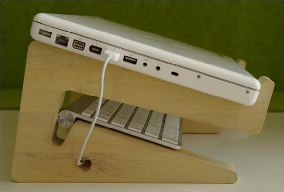img_bamboo_laptopstand_2.jpg | Image