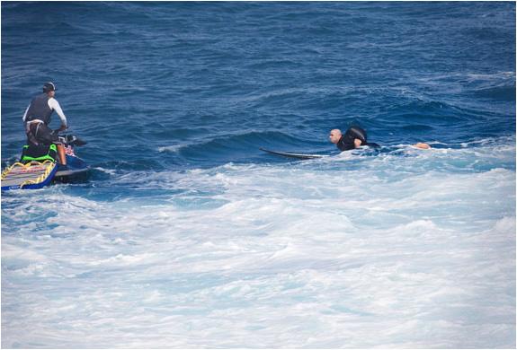 img_billabong_v1_wetsuit_3.jpg | Image