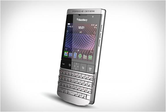 img_blackberry_p9981_porsche_design_2.jpg | Image