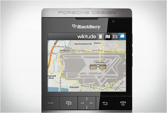 img_blackberry_p9981_porsche_design_4.jpg | Image