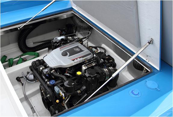 img_blue_boat_5.jpg | Image