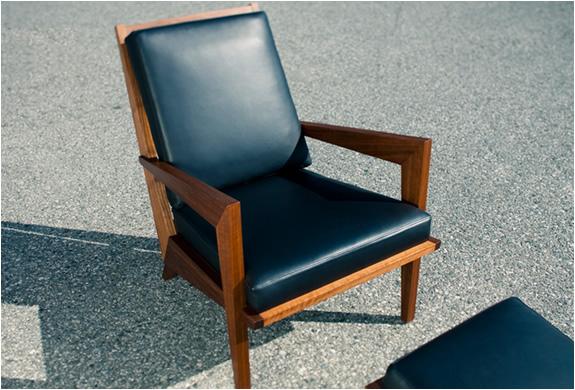 img_boomerang_chair_3.jpg | Image