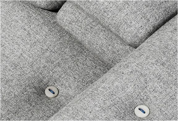 img_brick_sofa_5.jpg | Image