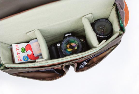 img_classic_leather_camera_bag_4.jpg | Image