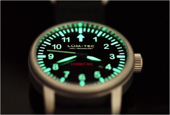img_combat_b43_watches_3.jpg | Image