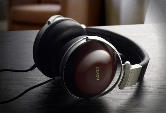 Denon Ah-d7000 Headphones | Image