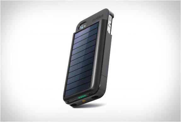 img_eton_mobius_iphone_solar_powered_case_2.jpg | Image