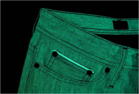 img_glow_in_the_dark_jeans_3.jpg | Image