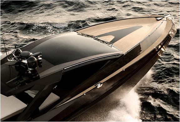 img_hedonist_yacht_artofkinetik_3.jpg | Image