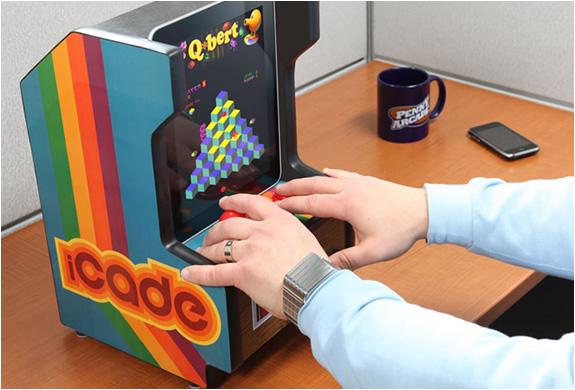 img_icade_ipad_arcade_cabinet_2.jpg | Image