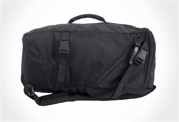 img_ignoble_lenore_capsule_backpack_4.jpg | Image