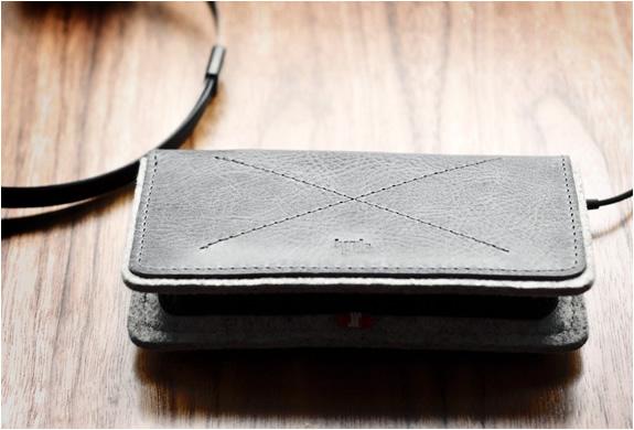 img_iphone_fold_wallet_hard_graft_4.jpg | Image