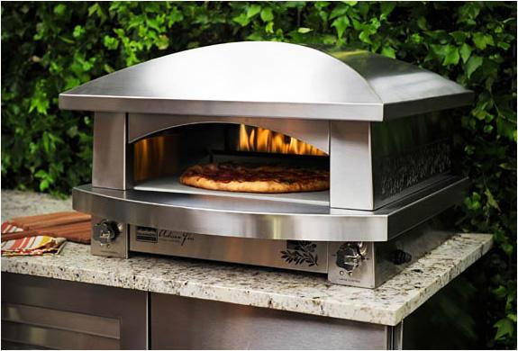 img_kalamazoo_outdoor_pizza_oven_2.jpg | Image