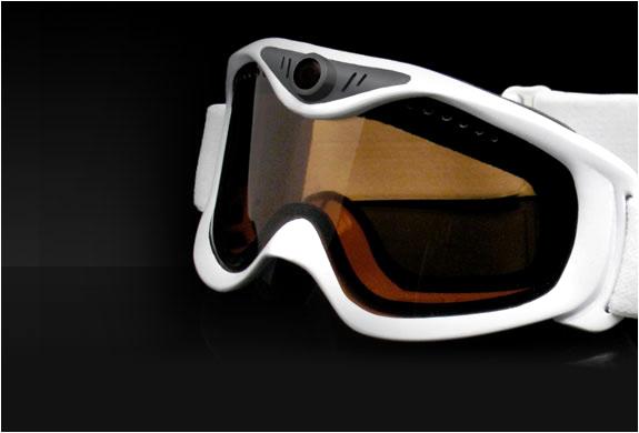 img_liquid_image_snow_goggles_3.jpg | Image