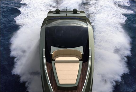 img_mauro_lecci_lamborghini_yacht_2.jpg | Image