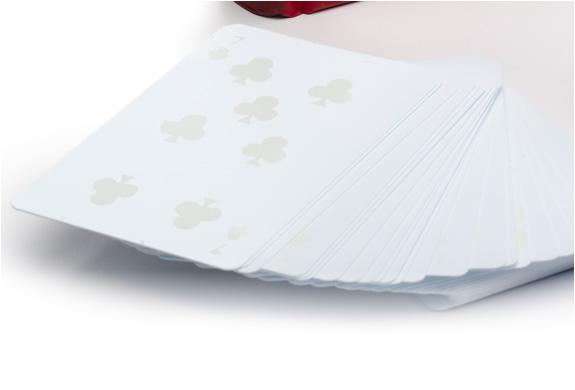 img_monochromatic_deck_cards_3.jpg | Image