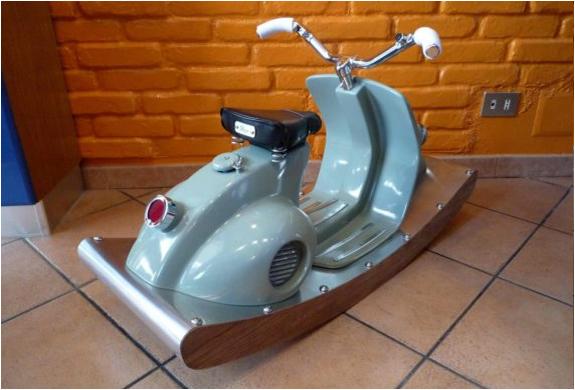 img_rocking_italian_scooter_2.jpg | Image