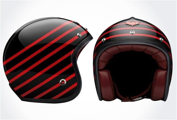 img_ruby_pavillon_helmets_2.jpg | Image