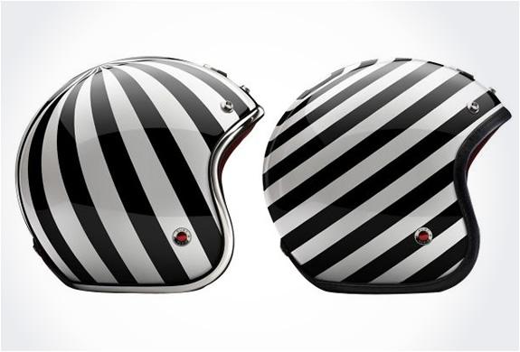img_ruby_pavillon_helmets_4.jpg | Image
