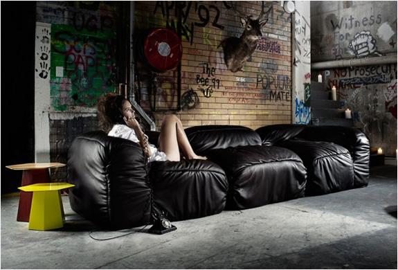 Supadupa Sofa | By Alexander Lotersztain | Image