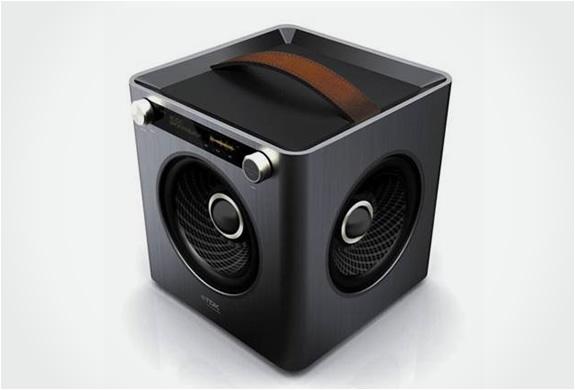 img_tdk_sound_cube_5.jpg | Image