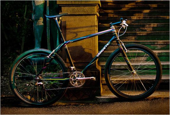 img_vandeyk_contemporary_cycles_5.jpg | Image