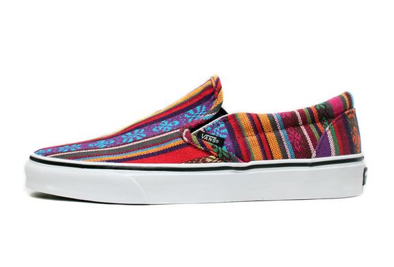 Guata Stripe Vans Classic Slip-on | Image