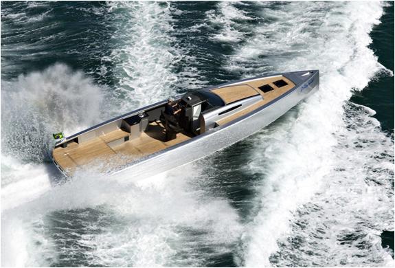 img_zonda42_boat_4.jpg | Image