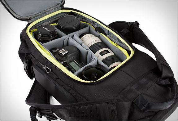 incase-dslr-camera-organizer-7.jpg
