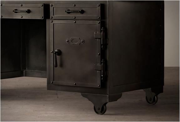 iron-vault-desk-4.jpg | Image